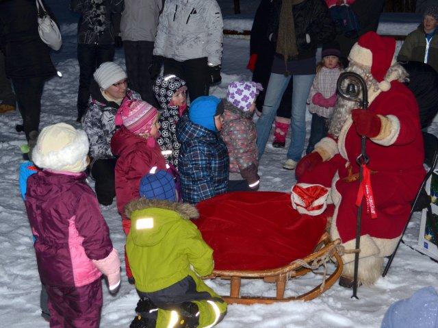 -Laste Jõulupidu Tuulas 2012